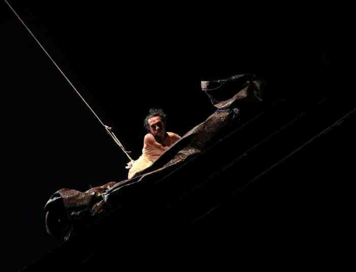 Bule by Ida Lawrence and Darlane Litaay 2012 - photo Adel Boros 1
