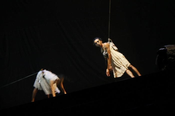 Bule by Ida Lawrence and Darlane Litaay 2012 - photo Adel Boros 5
