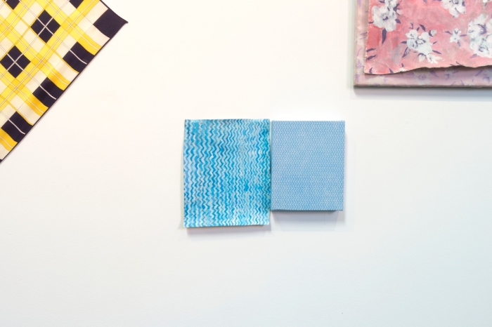 Pale Imitation (Blue and White Zigzags III) acrylic on canvas, 42 x 26 cm; Ying Feng Cleaning All-Purpose Cleaning Cloth