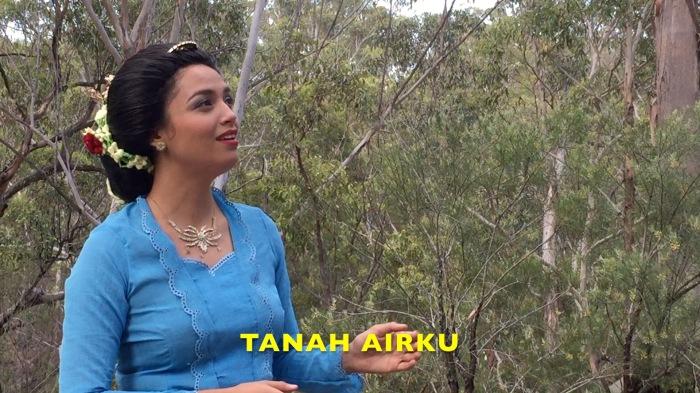 Kartika Suharto-Martin, Siti Suharti 2018 video still.jpg